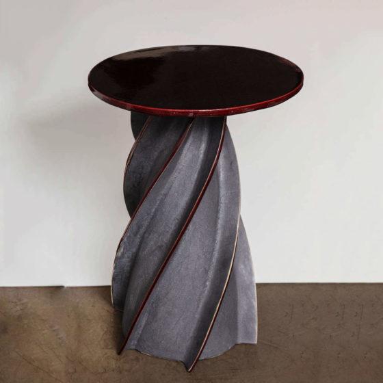 SALEM Francois Twist Table